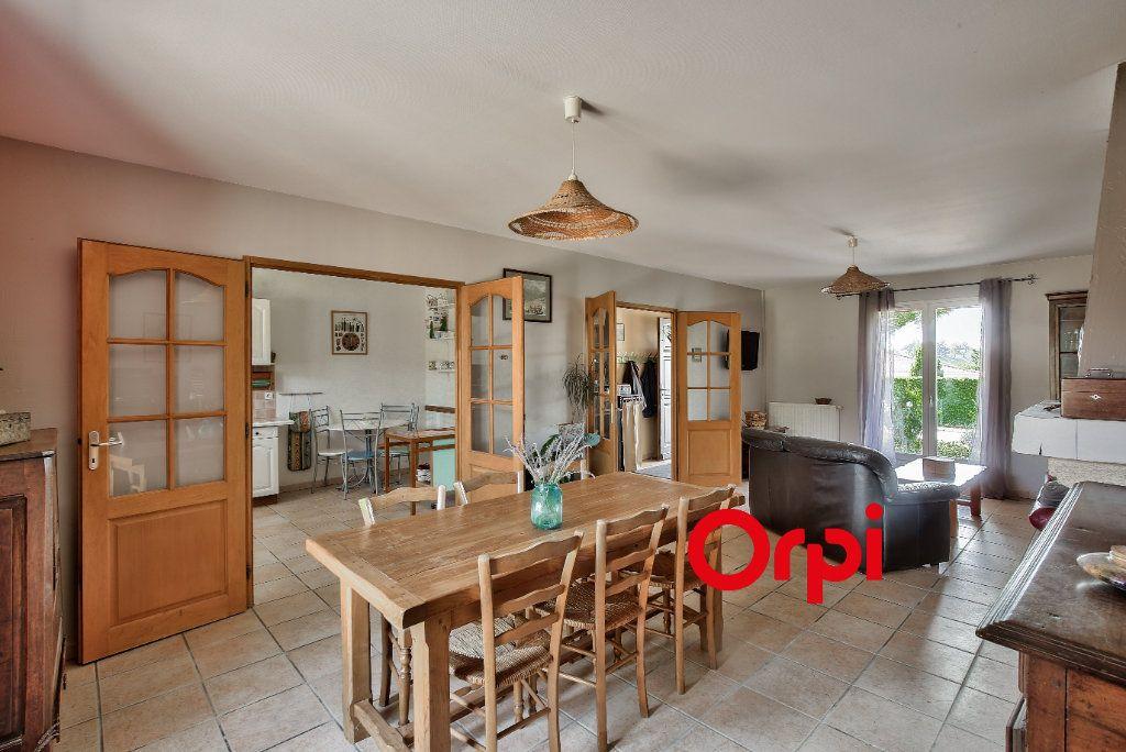 Maison à vendre 7 118m2 à Eclose vignette-2