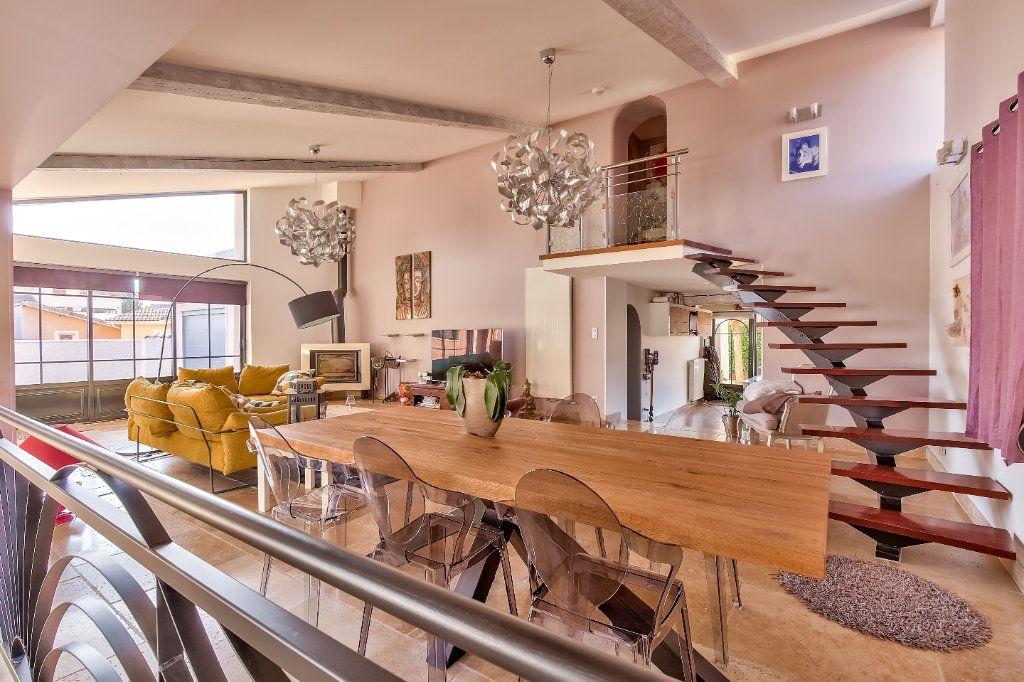 Maison à vendre 7 192.93m2 à Grenay vignette-3