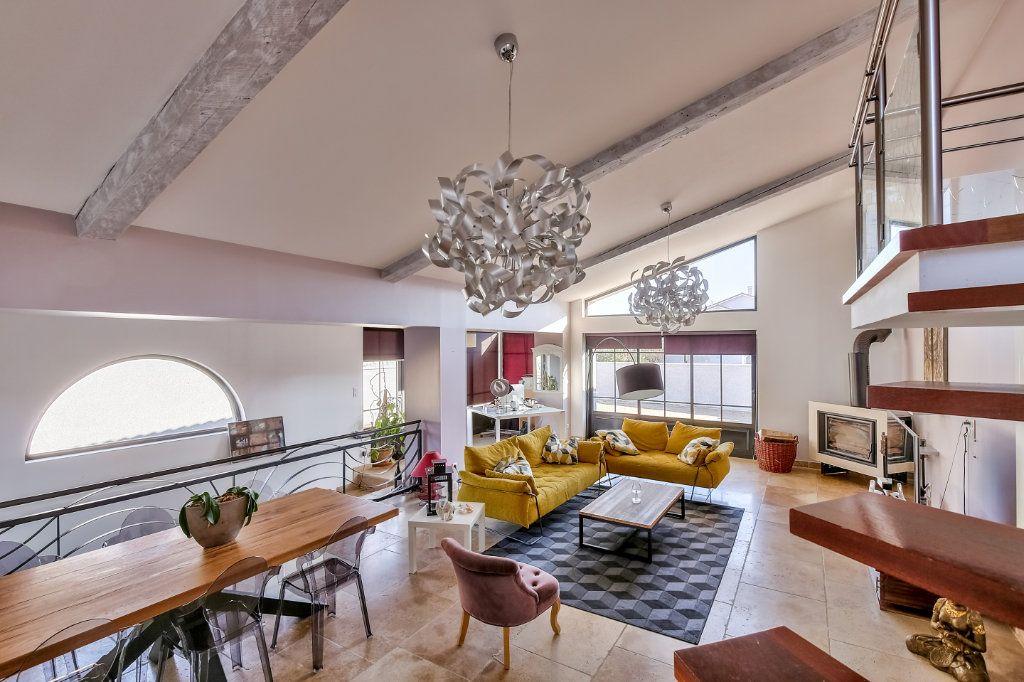 Maison à vendre 7 192.93m2 à Grenay vignette-4