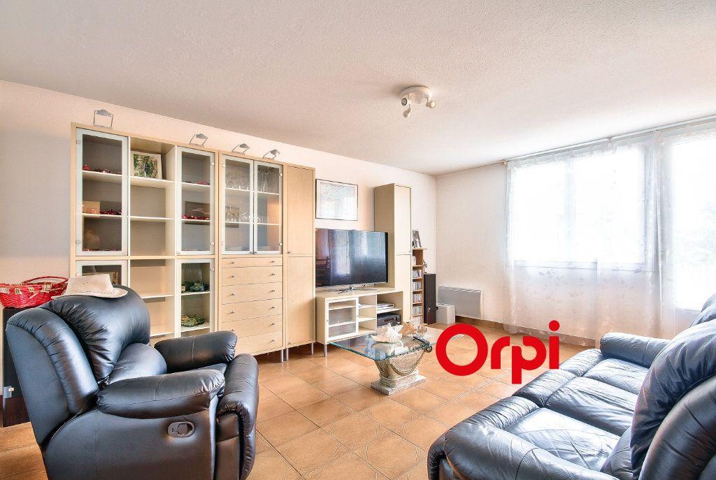 Appartement à vendre 3 84.44m2 à Villefontaine vignette-3