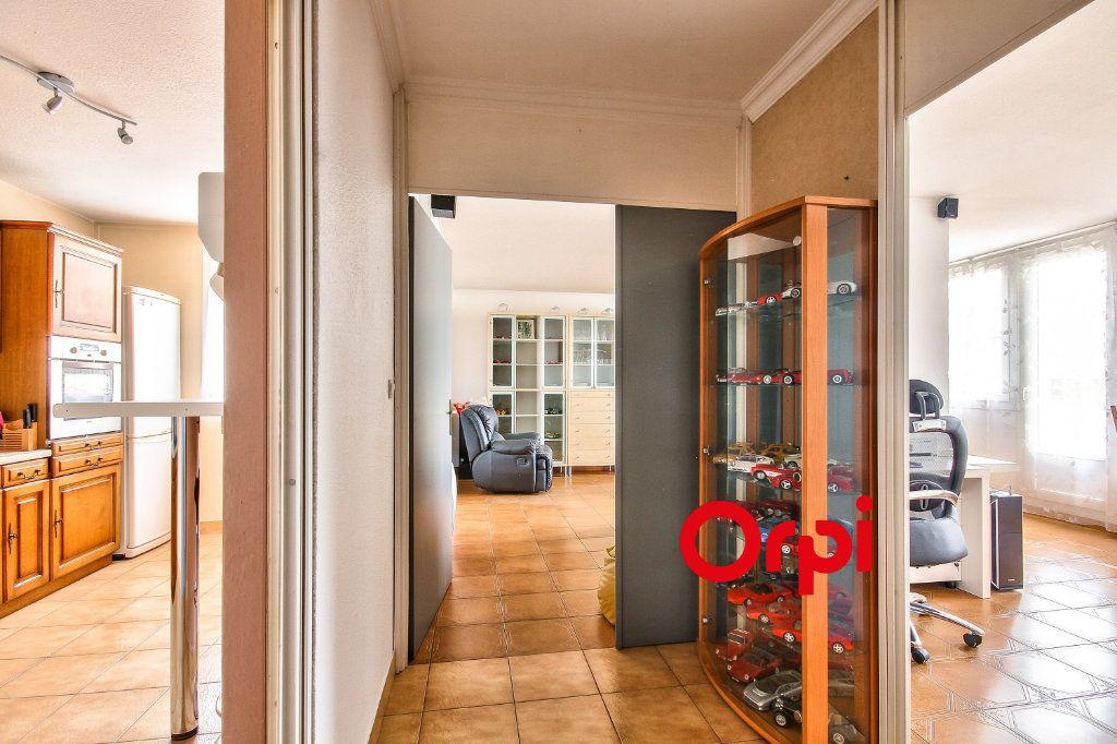 Appartement à vendre 3 84.44m2 à Villefontaine vignette-8