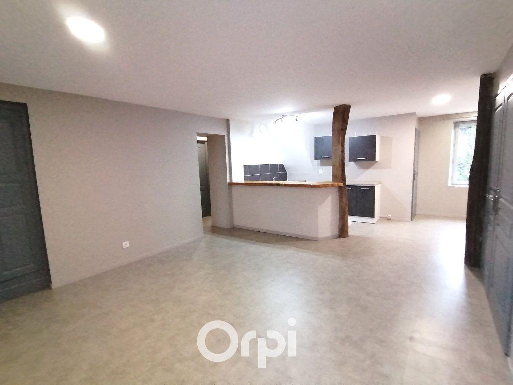 Appartement à louer 3 79.17m2 à Passins vignette-3