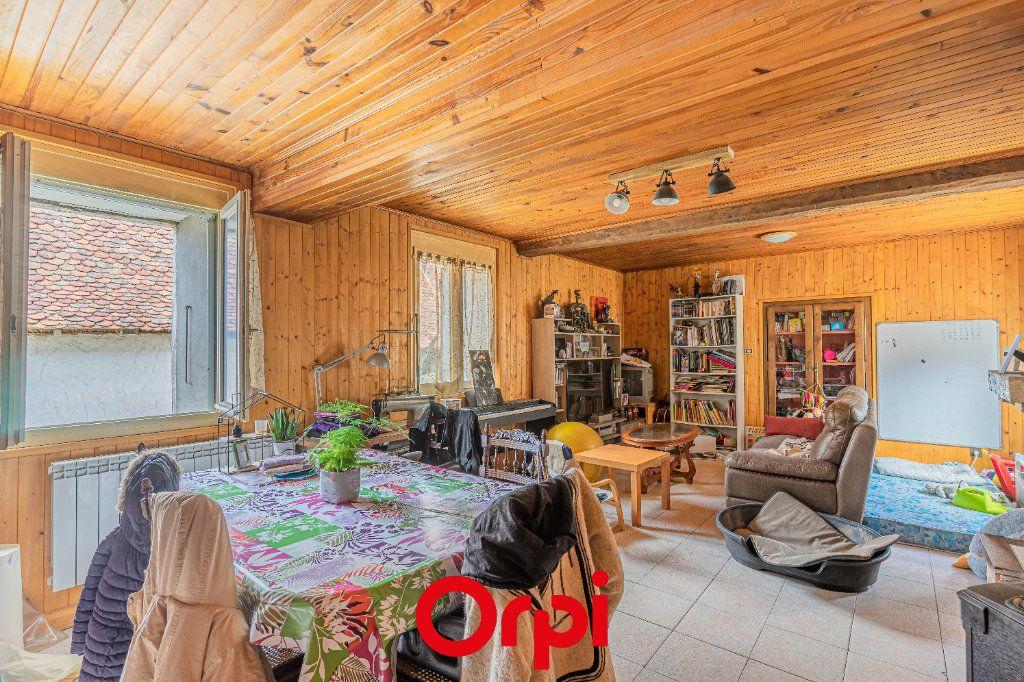 Maison à vendre 4 131m2 à Vasselin vignette-4