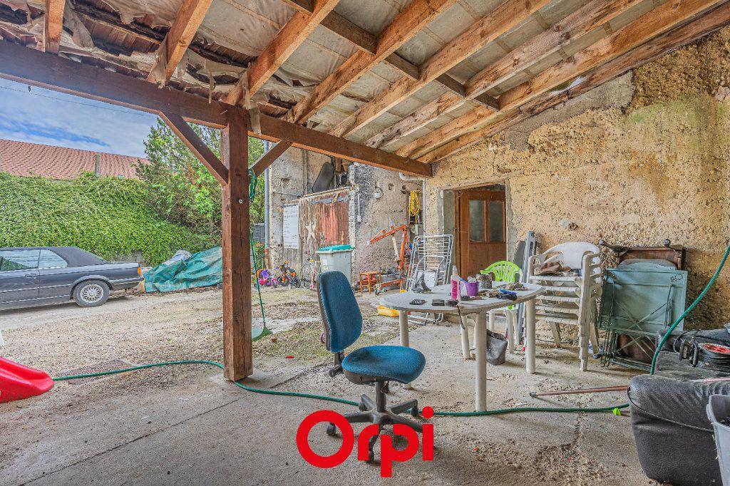 Maison à vendre 4 131m2 à Vasselin vignette-9
