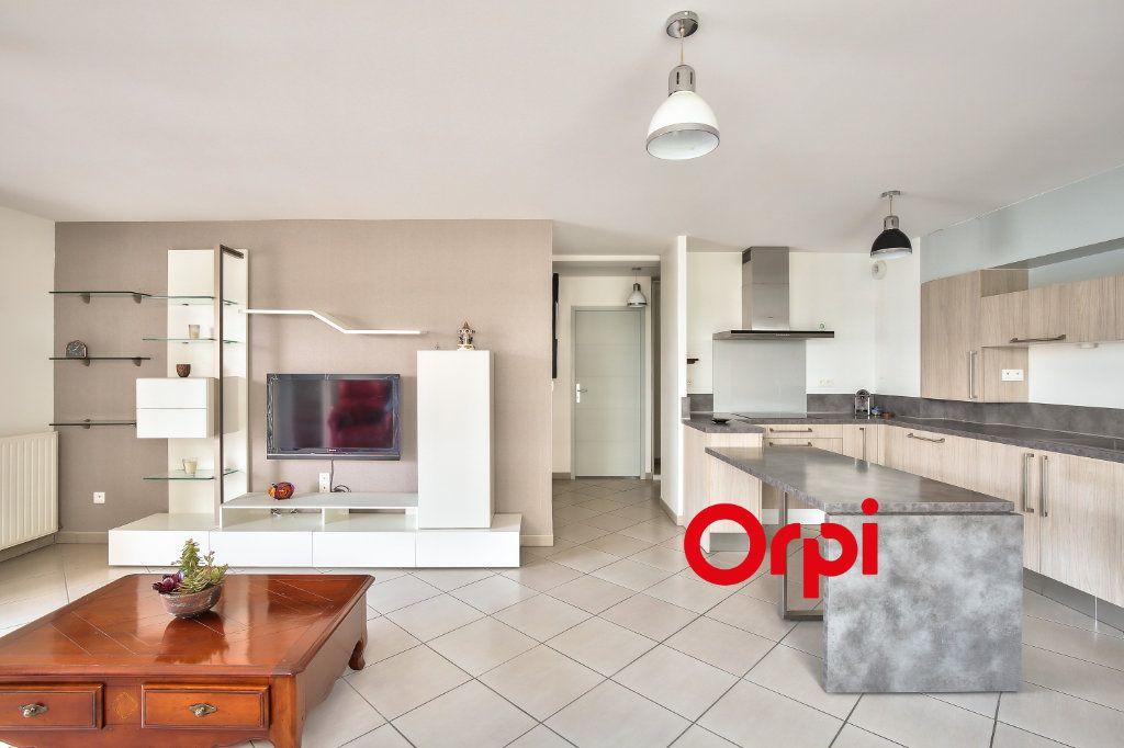 Appartement à vendre 3 70.71m2 à La Verpillière vignette-6