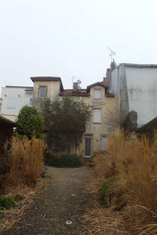 Appartement à vendre 2 68m2 à Saint-Sever vignette-1