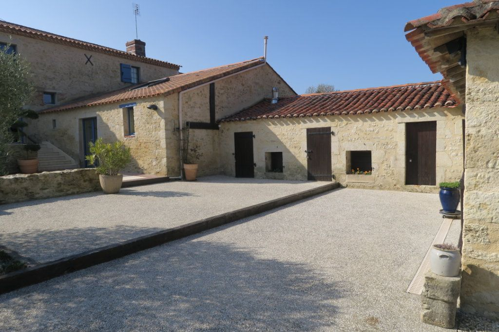 Maison à vendre 6 233m2 à Sainte-Cécile vignette-5