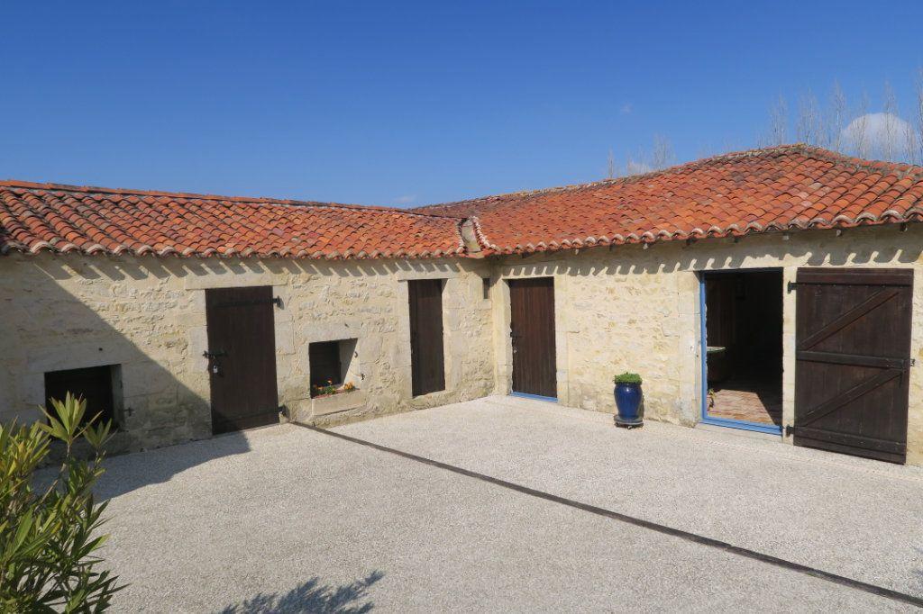 Maison à vendre 6 233m2 à Sainte-Cécile vignette-6