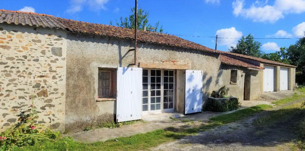 Stationnement à vendre 0 120m2 à Saint-Philbert-de-Bouaine vignette-1
