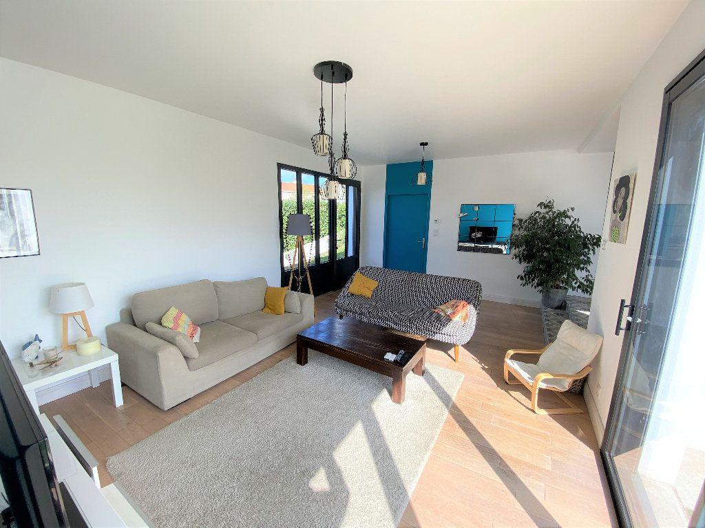 Maison à vendre 6 153m2 à Montaigu vignette-2