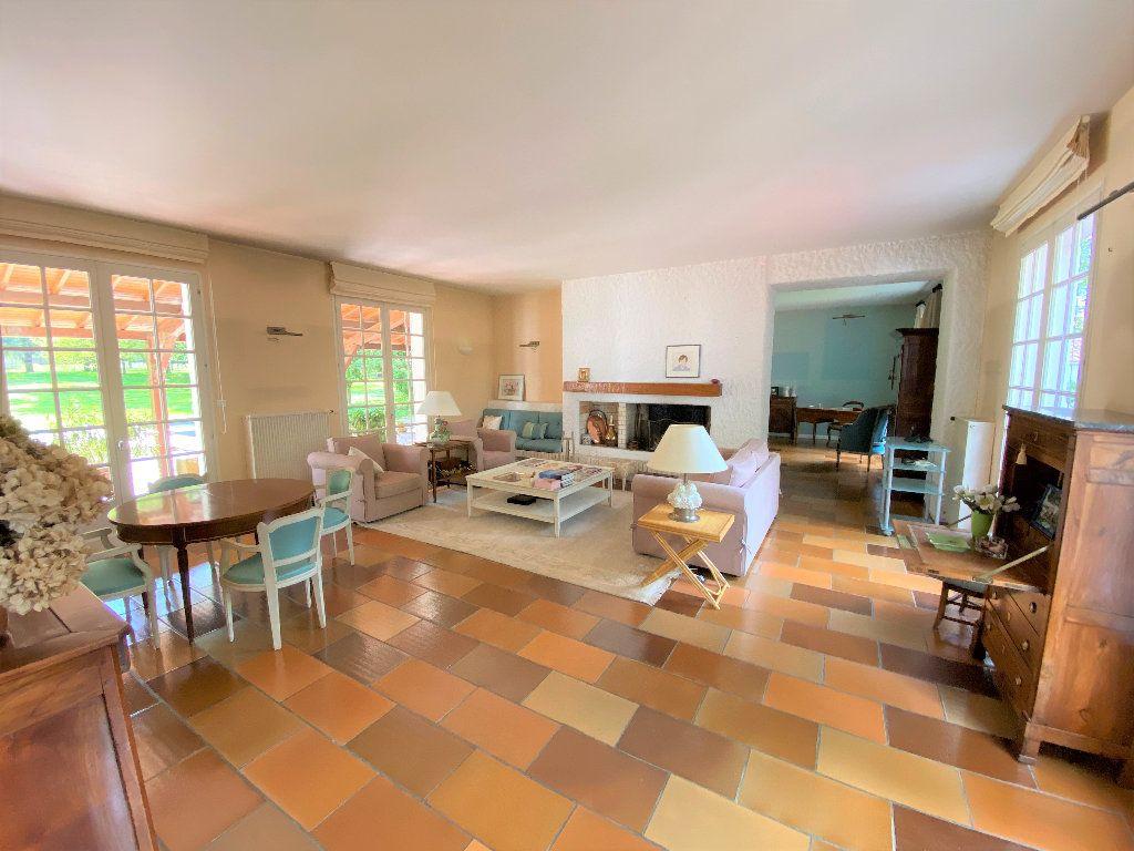 Maison à vendre 8 281m2 à Montaigu vignette-1