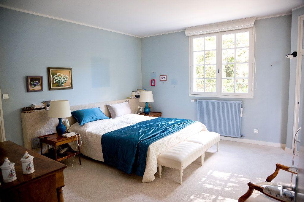Maison à vendre 8 281m2 à Montaigu vignette-3