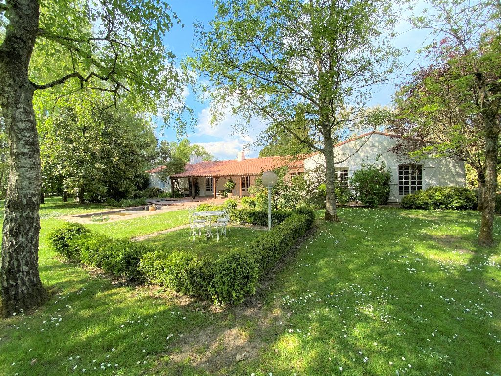 Maison à vendre 8 281m2 à Montaigu vignette-13