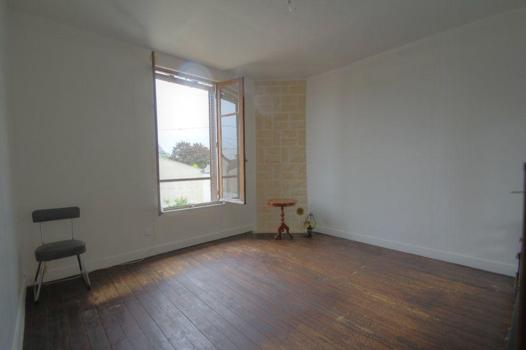Maison à vendre 4 95m2 à Fleury-les-Aubrais vignette-4