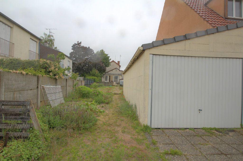 Maison à vendre 4 95m2 à Fleury-les-Aubrais vignette-11