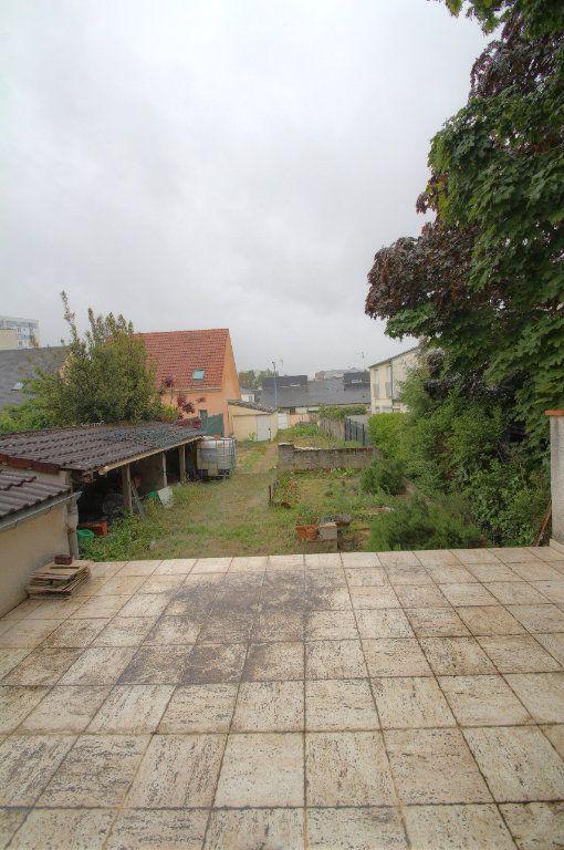 Maison à vendre 4 95m2 à Fleury-les-Aubrais vignette-15