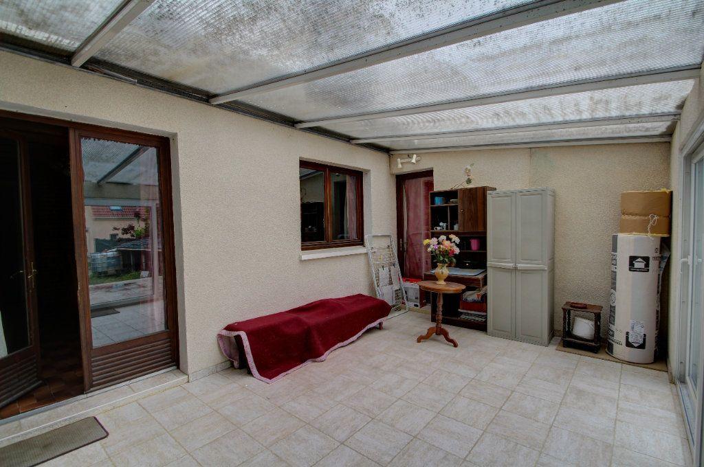 Maison à vendre 4 95m2 à Fleury-les-Aubrais vignette-16
