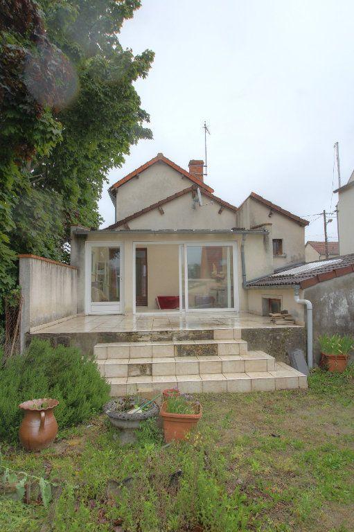 Maison à vendre 4 95m2 à Fleury-les-Aubrais vignette-17
