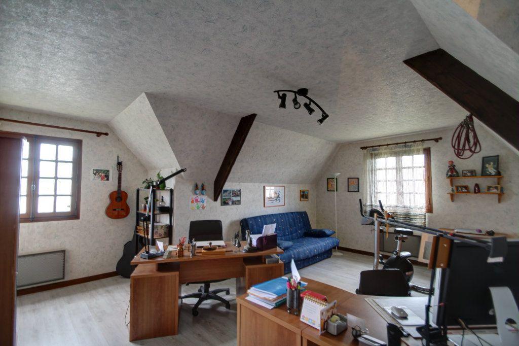 Maison à vendre 8 241m2 à Fleury-les-Aubrais vignette-6