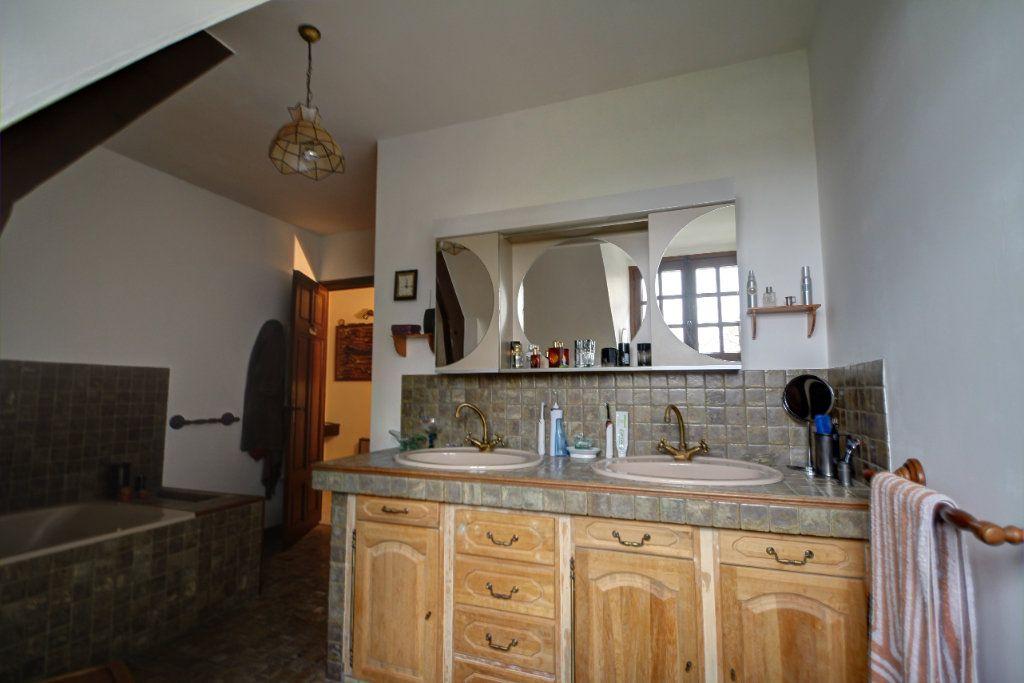 Maison à vendre 8 241m2 à Fleury-les-Aubrais vignette-10