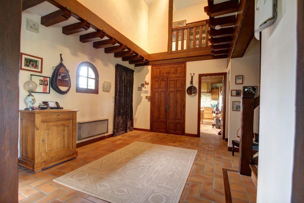 Maison à vendre 8 241m2 à Fleury-les-Aubrais vignette-12