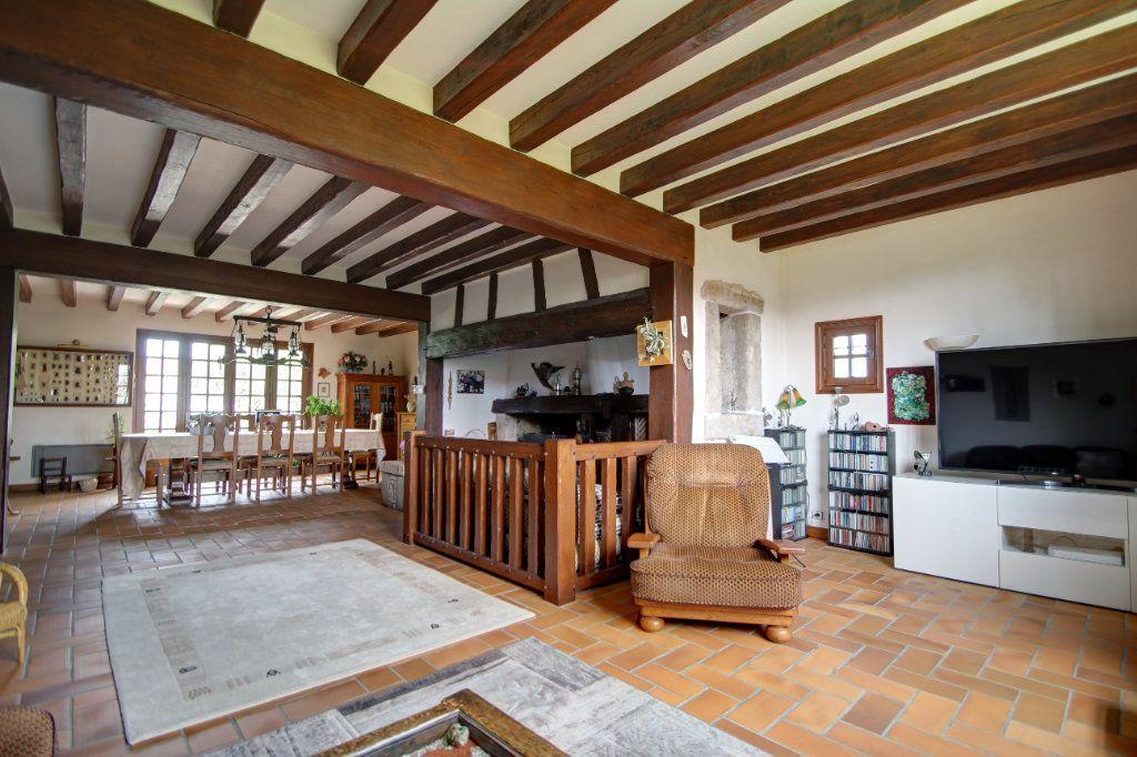 Maison à vendre 8 241m2 à Fleury-les-Aubrais vignette-17