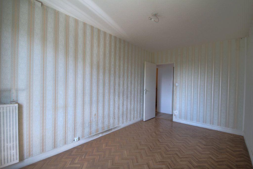 Appartement à vendre 3 72m2 à Fleury-les-Aubrais vignette-4
