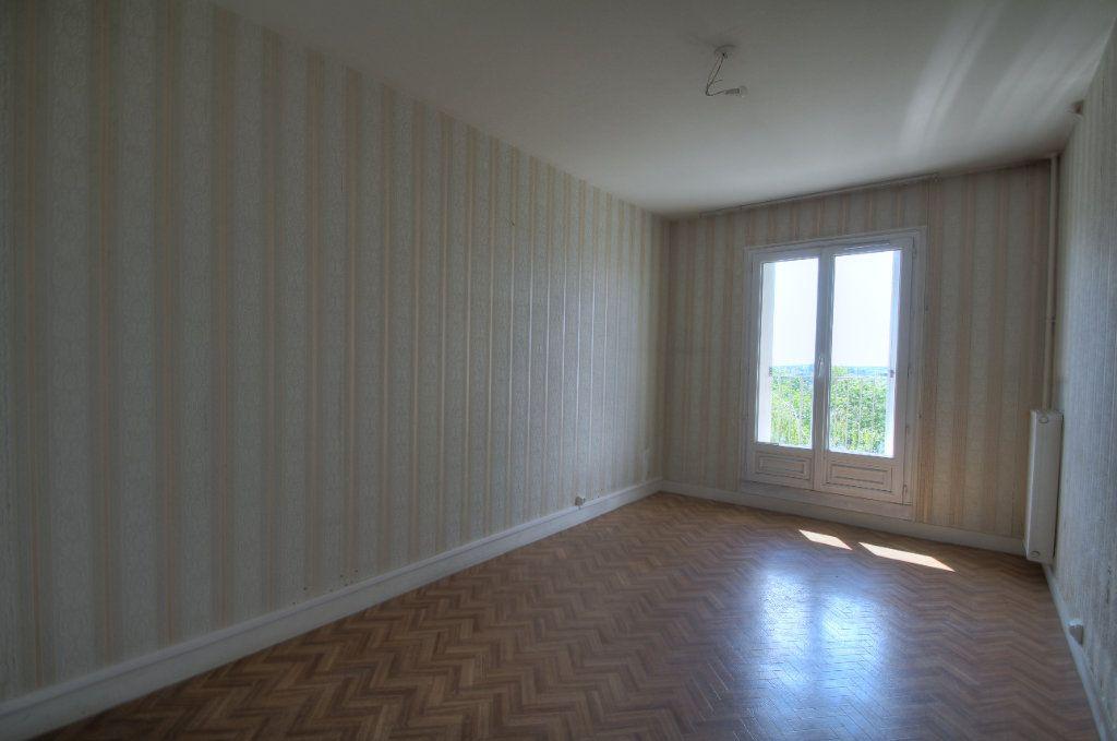 Appartement à vendre 3 72m2 à Fleury-les-Aubrais vignette-5