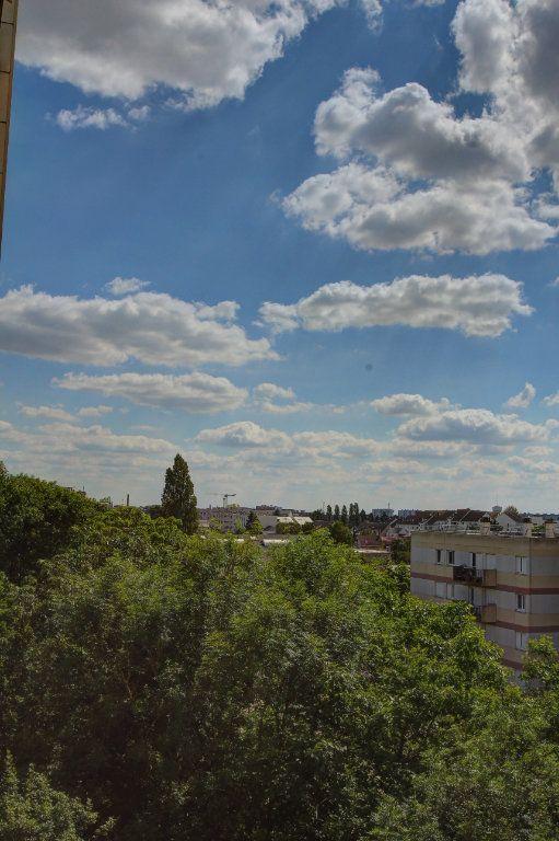 Appartement à vendre 3 72m2 à Fleury-les-Aubrais vignette-11