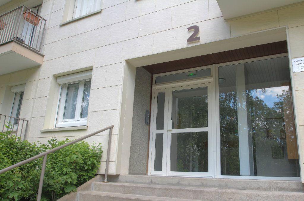 Appartement à vendre 3 72m2 à Fleury-les-Aubrais vignette-14