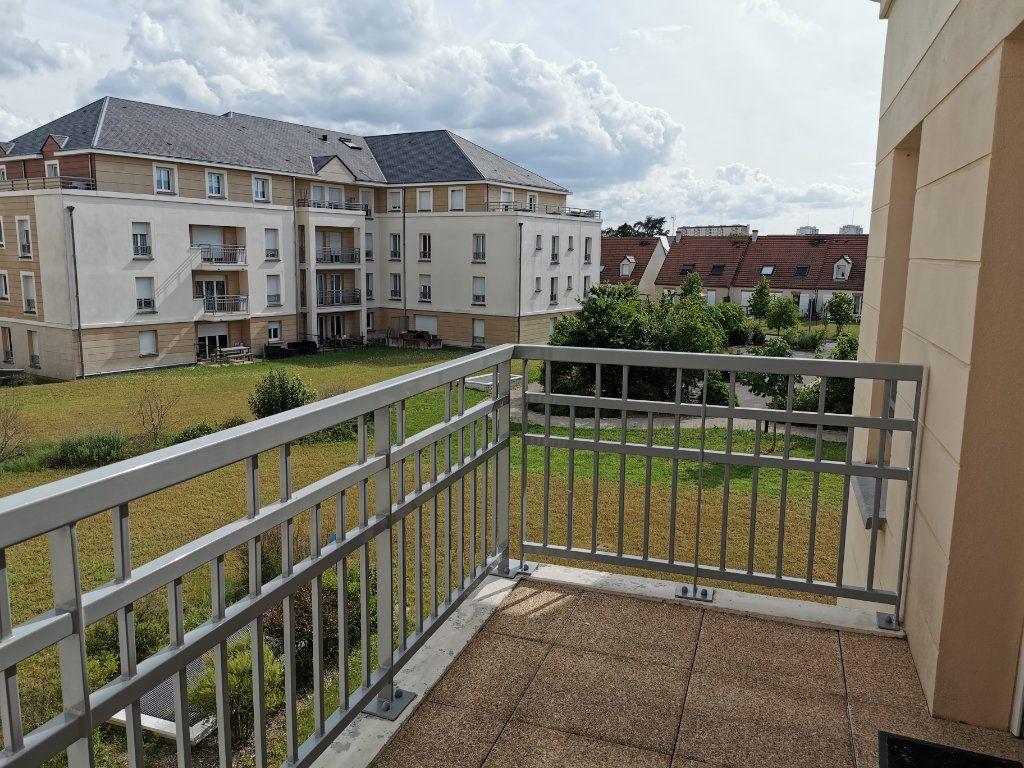 Appartement à louer 2 47.1m2 à Orléans vignette-8
