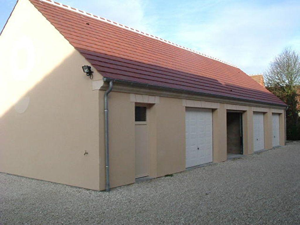 Maison à louer 3 70m2 à Lorris vignette-5