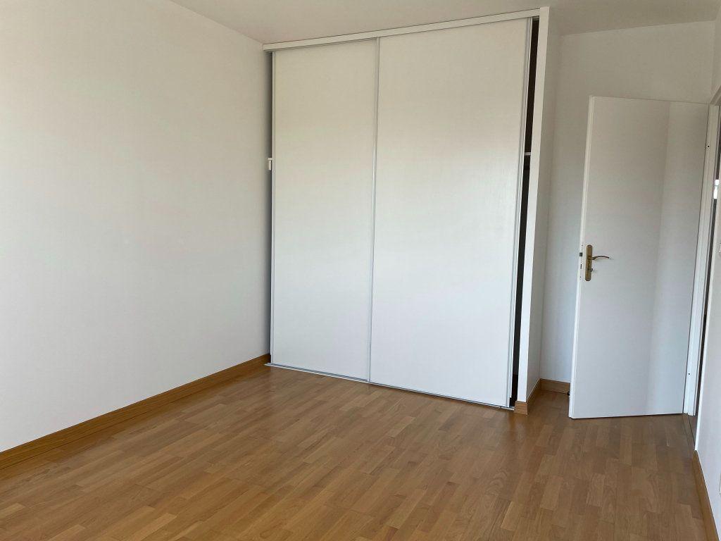 Maison à louer 5 110.22m2 à Olivet vignette-10
