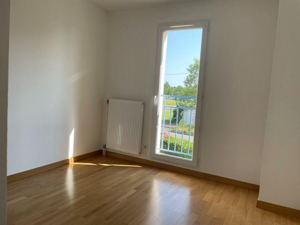 Maison à louer 5 110.22m2 à Olivet vignette-11