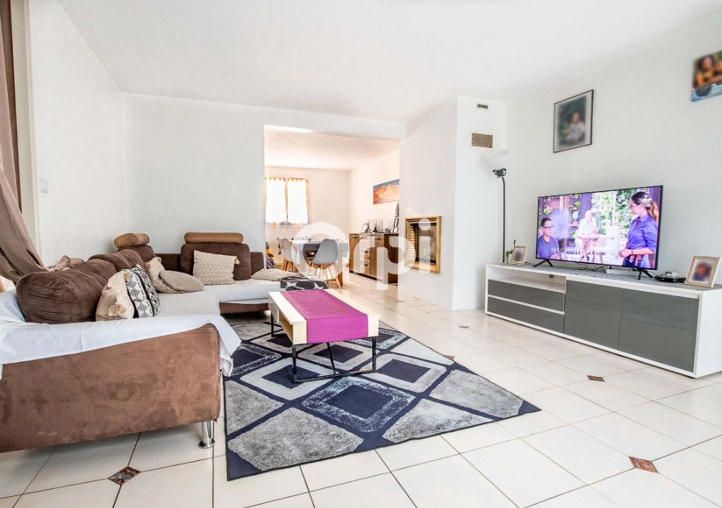 Maison à vendre 7 164m2 à Le Palais-sur-Vienne vignette-2