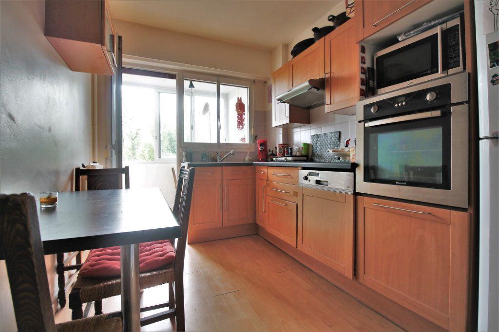 Appartement à vendre 3 80.78m2 à Chambourcy vignette-1