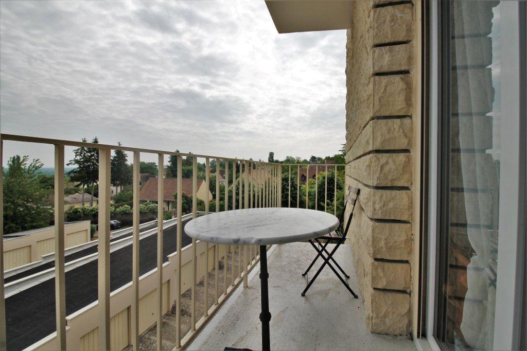 Appartement à vendre 3 80.78m2 à Chambourcy vignette-2