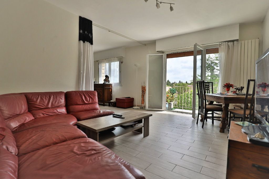 Appartement à vendre 3 80.78m2 à Chambourcy vignette-4