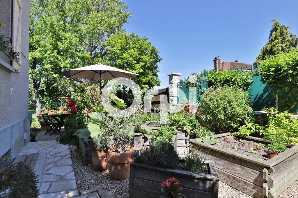 Maison à vendre 4 71m2 à Saint-Germain-en-Laye vignette-3
