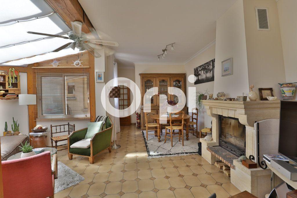 Maison à vendre 4 71m2 à Saint-Germain-en-Laye vignette-6
