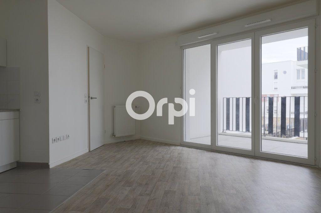 Appartement à vendre 3 57.6m2 à Poissy vignette-1