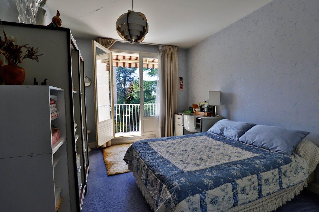 Appartement à vendre 5 107.06m2 à Chambourcy vignette-3