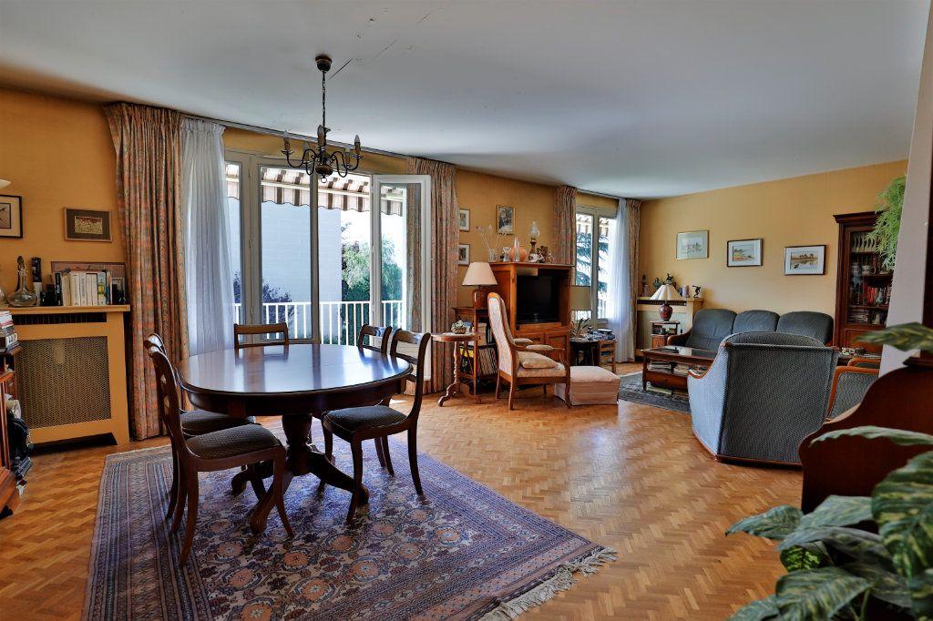 Appartement à vendre 5 107.06m2 à Chambourcy vignette-4