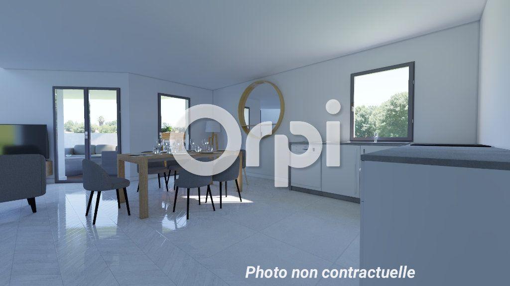 Appartement à vendre 5 99.8m2 à Poissy vignette-4