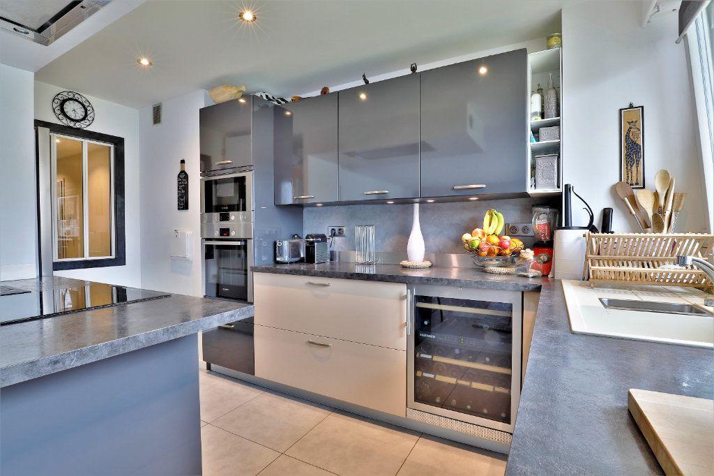 Appartement à vendre 3 70.34m2 à Chambourcy vignette-2