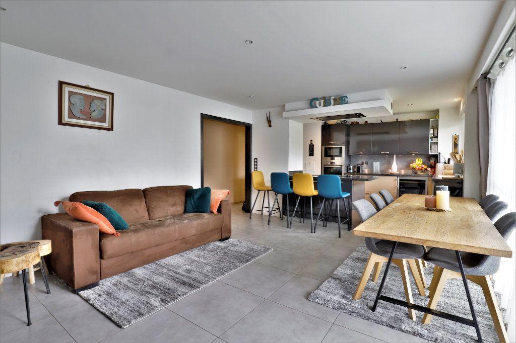 Appartement à vendre 3 70.34m2 à Chambourcy vignette-4