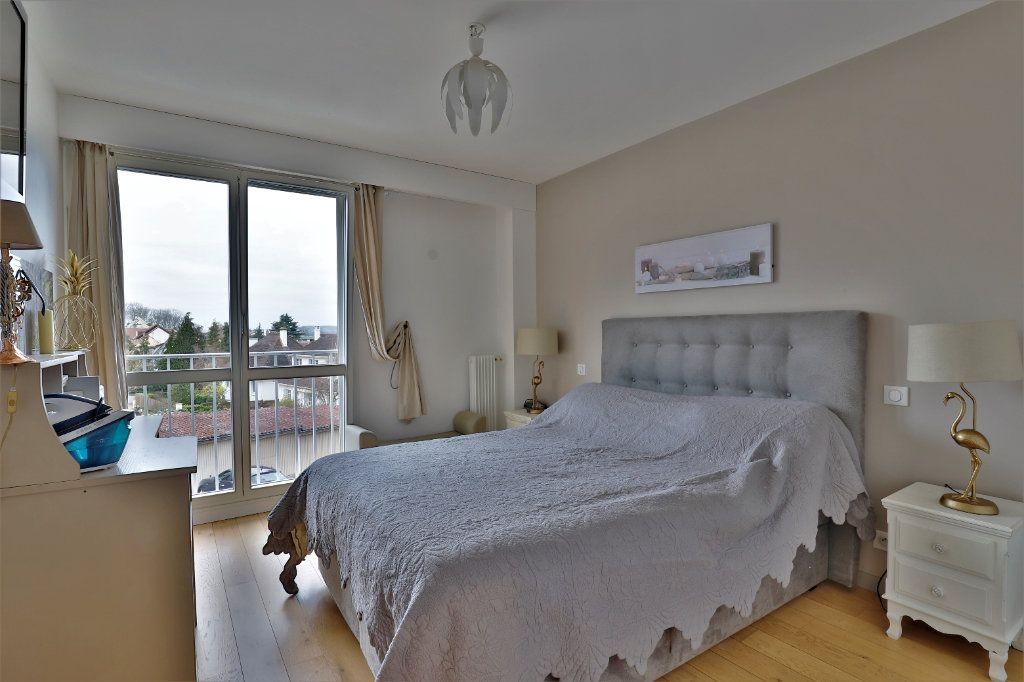 Appartement à vendre 3 70.34m2 à Chambourcy vignette-5