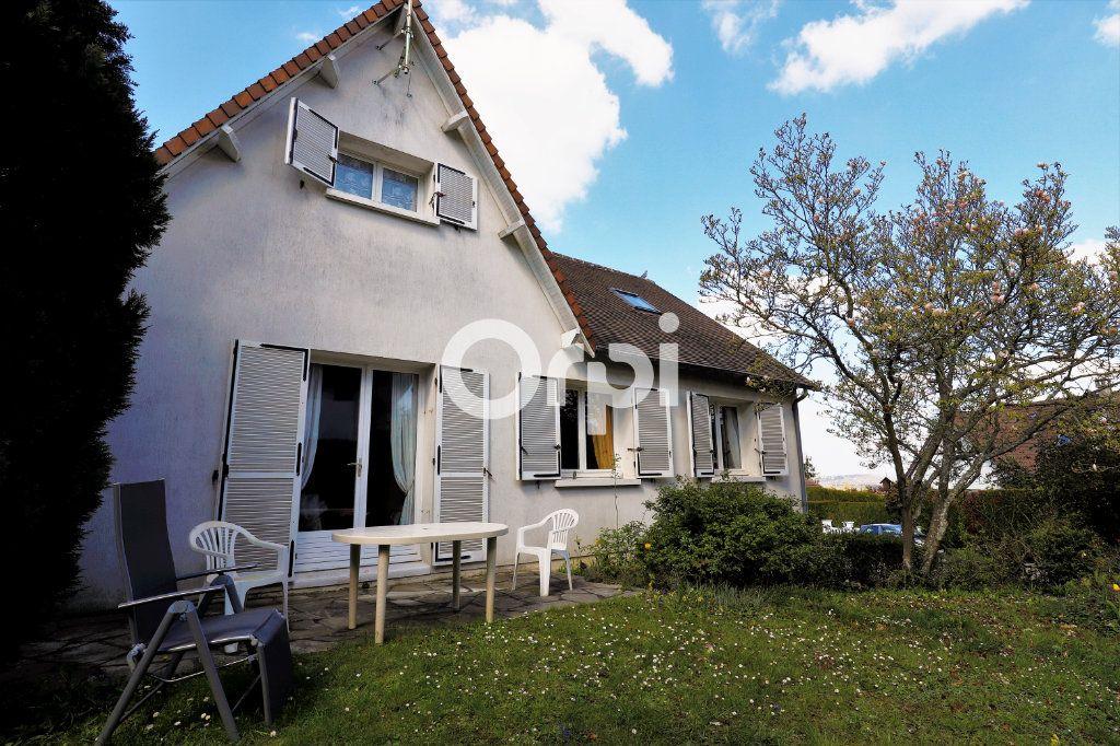 Maison à vendre 7 130m2 à Aigremont vignette-1