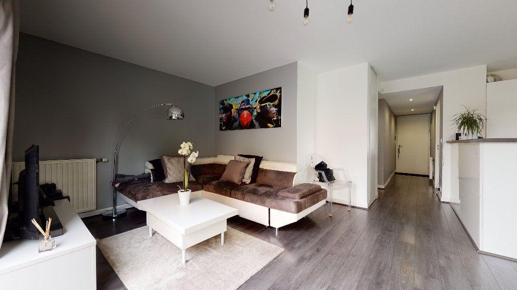 Appartement à vendre 3 64m2 à Caluire-et-Cuire vignette-5
