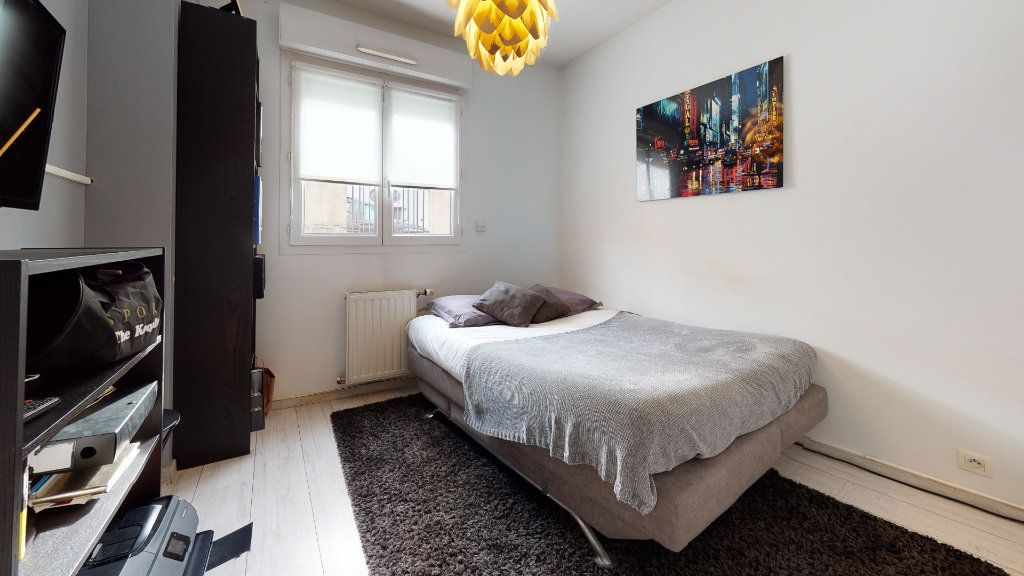 Appartement à vendre 3 64m2 à Caluire-et-Cuire vignette-7